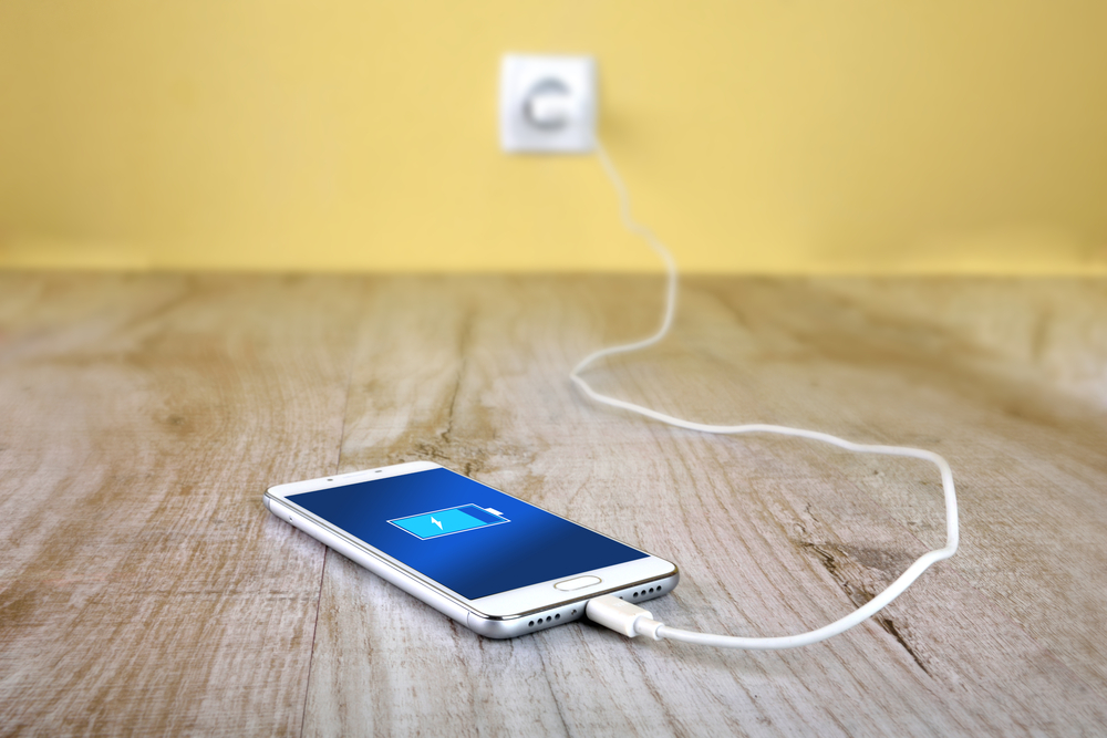 phone charging myths overnight brightness