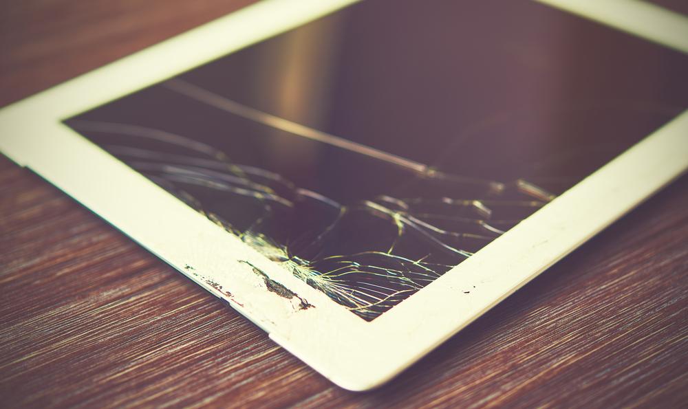 tablet screen crack types risks