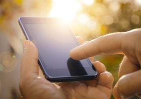 phone touch screens resistive capacitive